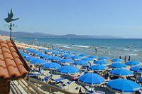 Spiaggia attrezzata a Follonica - Grosseto - Maremma Toscana